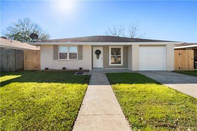 Kenner Single Family Home For Sale: 709 Sessions Lane
