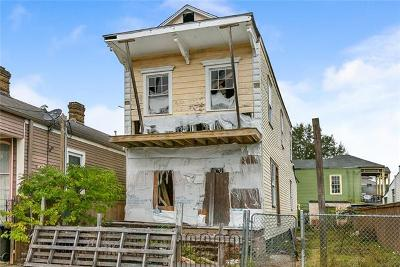 Single Family Home For Sale: 2907 Dumaine Street