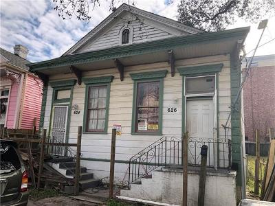 New Orleans Single Family Home For Sale: 624 S Lopez Street