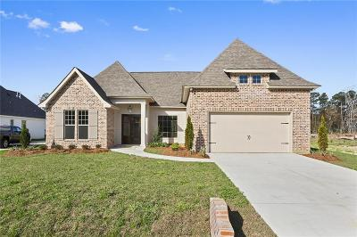 Madisonville Single Family Home For Sale: 1421 Peony Court