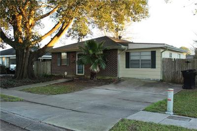 Kenner Single Family Home For Sale: 2207 Tammy Drive