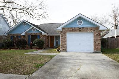 Destrehan, St. Rose Single Family Home For Sale: 352 Longwood Drive