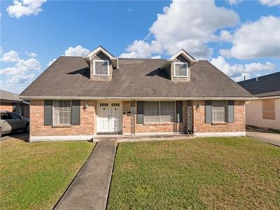 Single Family Home For Sale: 3529 Ridgeway Drive