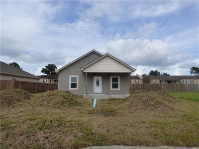 Gretna Single Family Home For Sale: 2349 N Village Court
