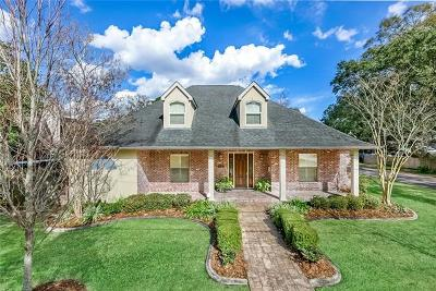 River Ridge, Harahan Single Family Home For Sale: 8901 Darby Lane
