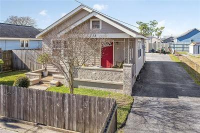 Harvey Single Family Home For Sale: 712 Estalote Avenue