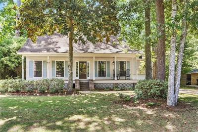 Single Family Home For Sale: 209 Scotchpine Drive