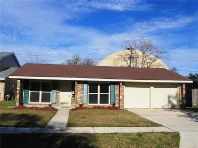 Single Family Home For Sale: 209 Brookmeade Drive