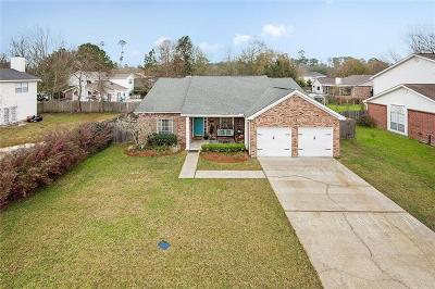 Single Family Home For Sale: 1521 Cherry Ridge Court