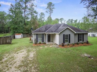 Covington Single Family Home For Sale: 71476 White Chapel Road