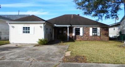 Marrero Single Family Home For Sale: 4029 Chestnut Street