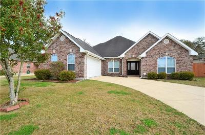 Destrehan, St. Rose Single Family Home For Sale: 122 Riverwood Drive