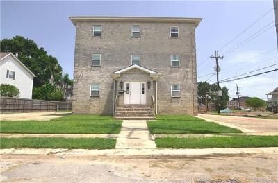 New Orleans Single Family Home For Sale: 6600 Fleur De Lis Drive