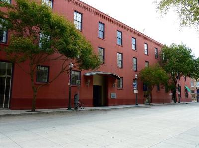 Jefferson Parish, Orleans Parish Multi Family Home For Sale: 330 Julia Street #214