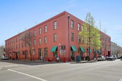 Jefferson Parish, Orleans Parish Multi Family Home For Sale: 330 Julia Street #318