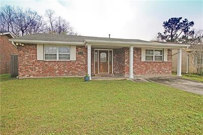 Kenner Single Family Home For Sale: 3274 Continental Drive