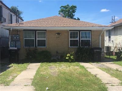 Multi Family Home For Sale: 1636 Poland Avenue