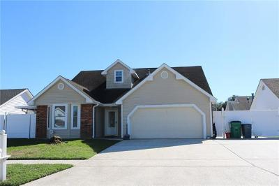 Single Family Home For Sale: 2705 Midden Drive