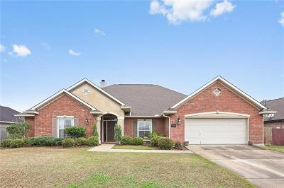 Single Family Home For Sale: 2728 Acadiana Trace