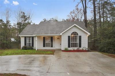 Single Family Home For Sale: 1443 Jasmine Street