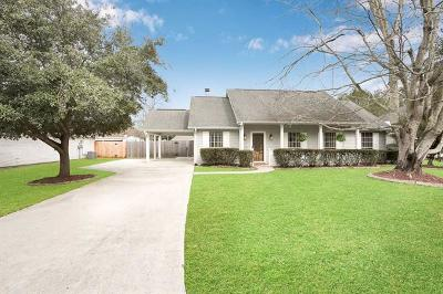 Mandeville Single Family Home For Sale: 106 E Meadow Court