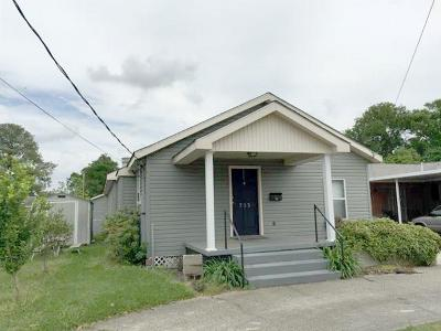 Single Family Home For Sale: 713 Waltham Street