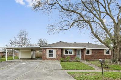 Westwego Single Family Home For Sale: 395 Buttercup Drive