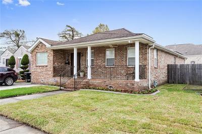 Single Family Home For Sale: 4611 Touro Street