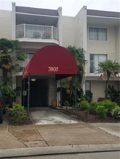 Metairie Multi Family Home For Sale: 3805 Houma Boulevard #313B