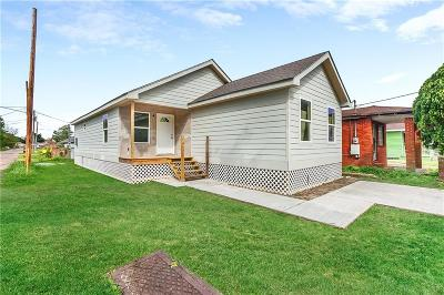 Single Family Home For Sale: 1743 Horace Street