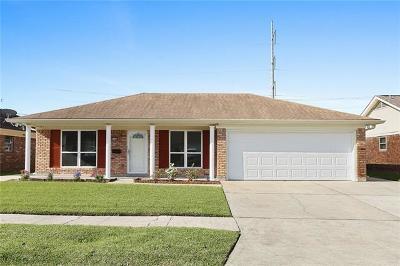 Gretna Single Family Home For Sale: 2100 S Glencove Lane