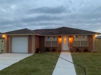 Single Family Home For Sale: 4864 Brittany Court