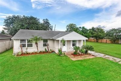Arabi Single Family Home For Sale: 208 Livingston Avenue