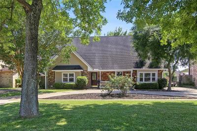 Single Family Home For Sale: 2132 Carol Sue Avenue