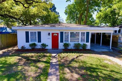 Single Family Home For Sale: 4416 Calumet Street
