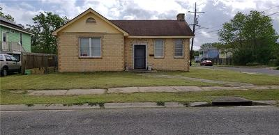 Single Family Home For Sale: 5505 Baccich Street
