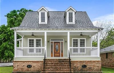 Single Family Home For Sale: 5602 Hawthorne Place