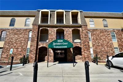 Metairie Multi Family Home For Sale: 3320 N Arnoult Road #316