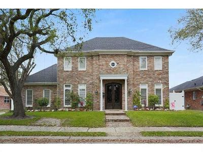 New Orleans Single Family Home For Sale: 2401 Lark Street