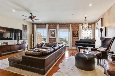 French Quarter Multi Family Home For Sale: 215 N Peters Street #D