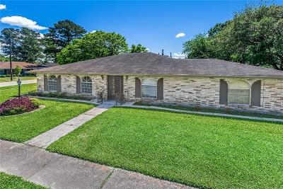 Kenner Single Family Home For Sale: 9100 Oxford Street