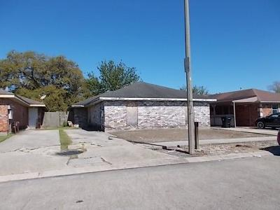 Multi Family Home For Sale: 13931 Linden Street