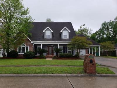 Destrehan, St. Rose Single Family Home For Sale: 103 Valcour Lane
