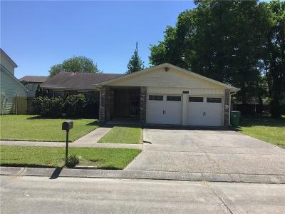 Harvey Single Family Home For Sale: 3835 S Deerwood Drive