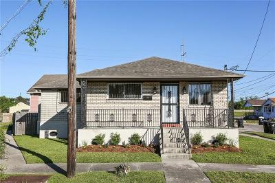 Single Family Home For Sale: 2622 Cherry Street