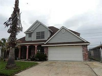 Marrero Single Family Home For Sale: 7108 Runnymeade Drive