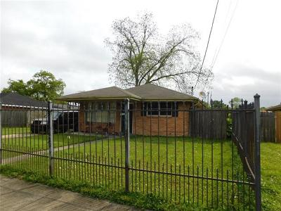 Single Family Home For Sale: 4875 Redwood Street