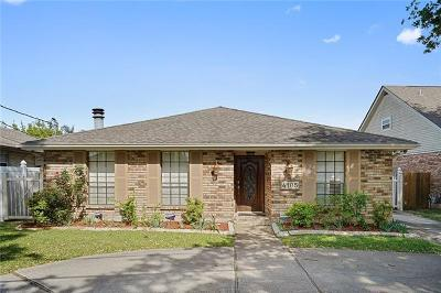 Single Family Home For Sale: 4105 Clearview Parkway