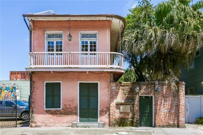 Jefferson Parish, Orleans Parish Multi Family Home For Sale: 1031 Barracks Street #4