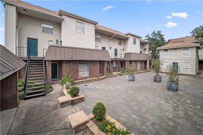 Jefferson Parish, Orleans Parish Multi Family Home For Sale: 2509 Giuffrais Avenue #704